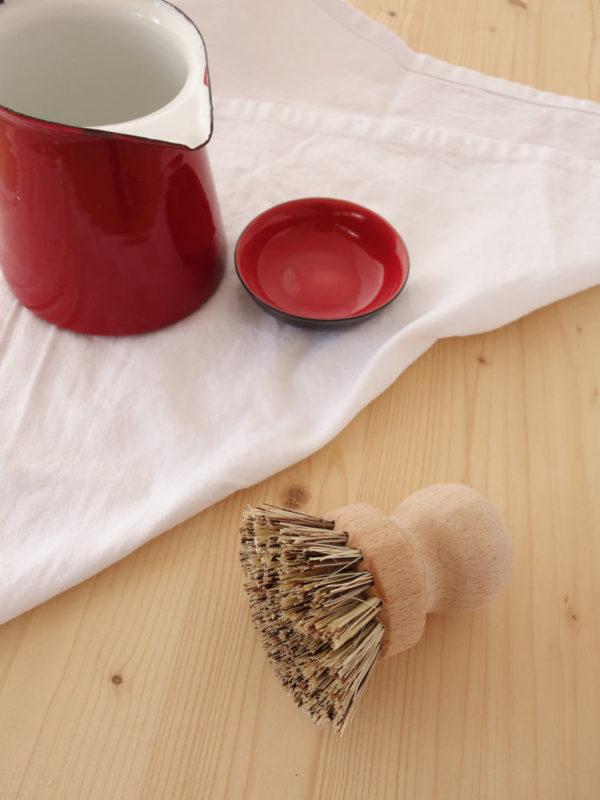 Cepillo natural duro fregar cacerolas