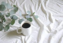 como aprovechar los posos del cafe