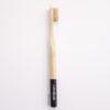 Cepillo de dientes Naturbrush negro