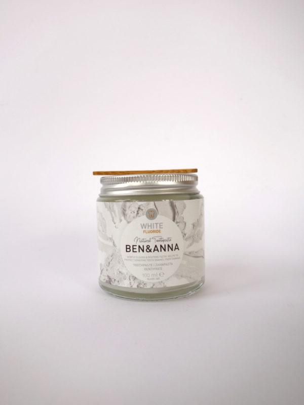 Dentifrico blanqueador con fluor White Benn Anna
