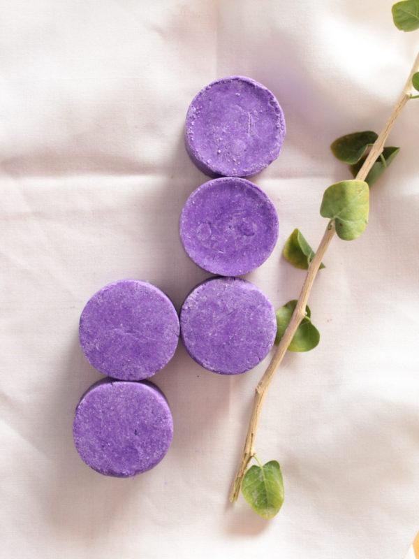 Champú violet cabello rubio mechas canas Sabonae